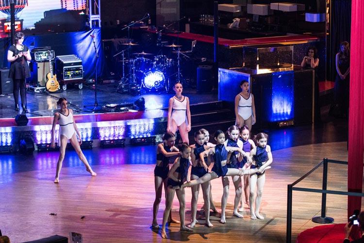 dance-troupe-shero-foundation-gala-2016